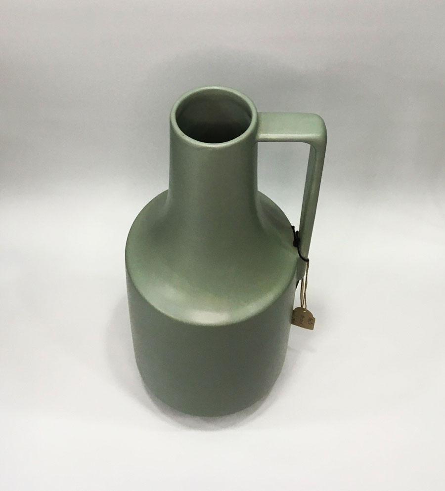 hk-living-Vase-2